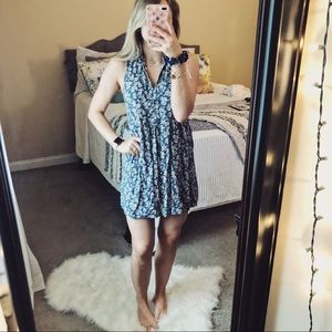 Abercrombie & Fitch Dresses - Abercrombie & Fitch Floral Sleeveless Dress